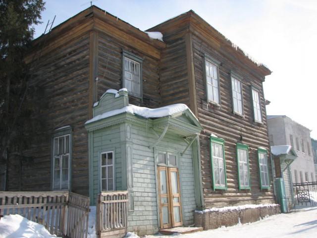 tn_Здание Инородческой школы. Прежнее здание музея